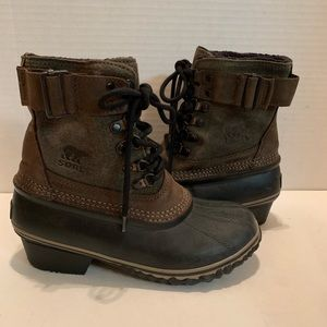 👠SOREL NEW All Weather Bootie Rubber Suede SiZE 5